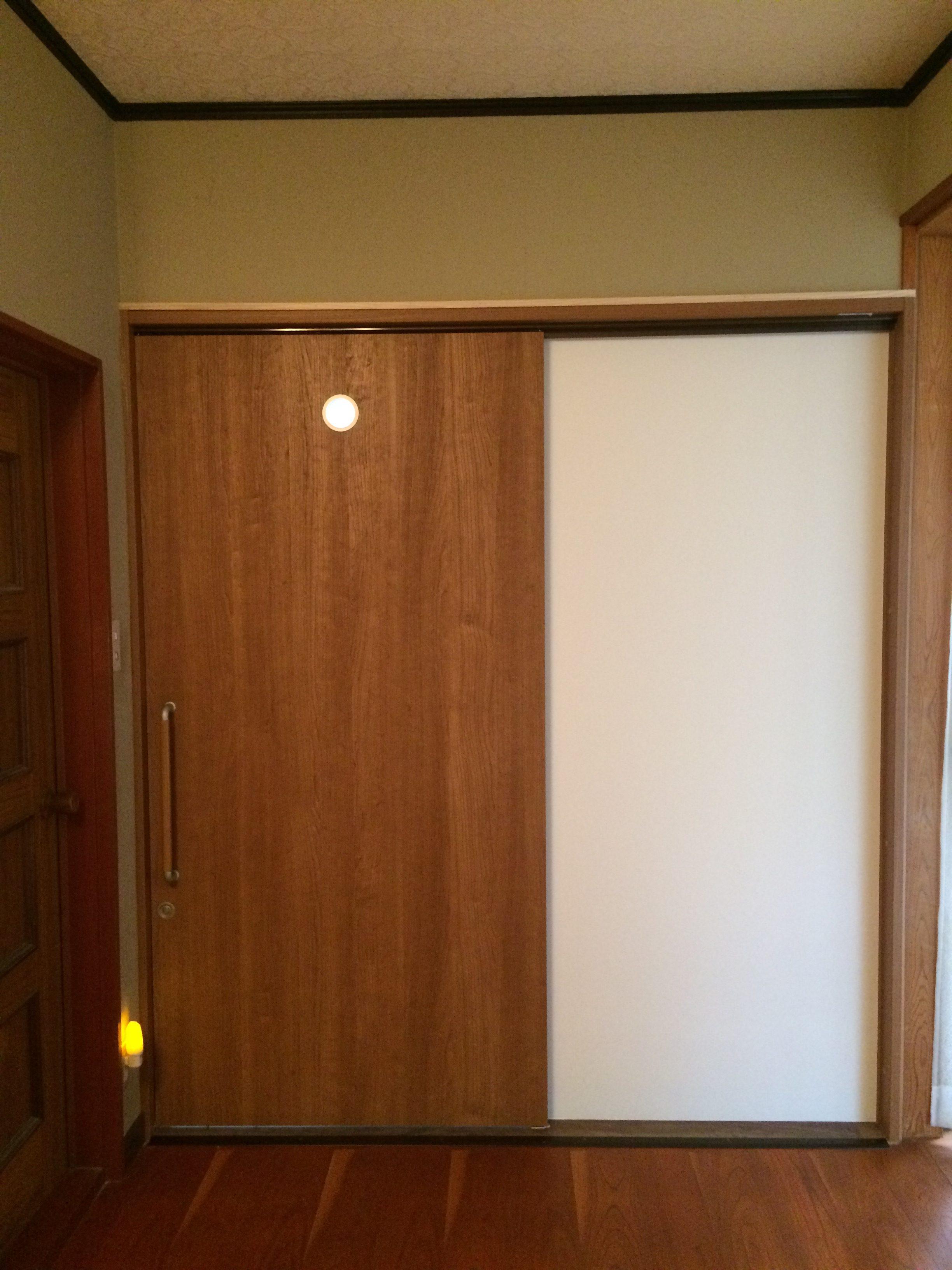 出入口巾広片引き吊り戸