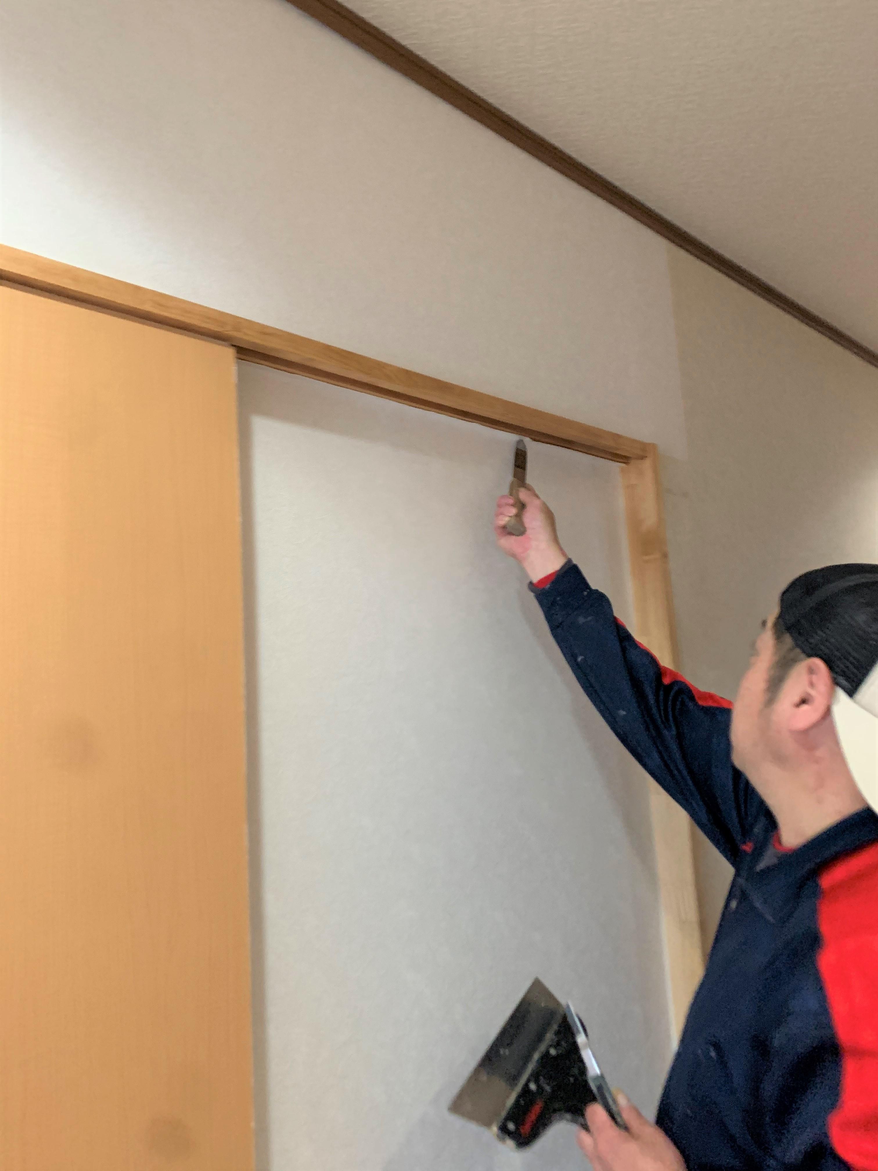 壁・天井のクロス貼り