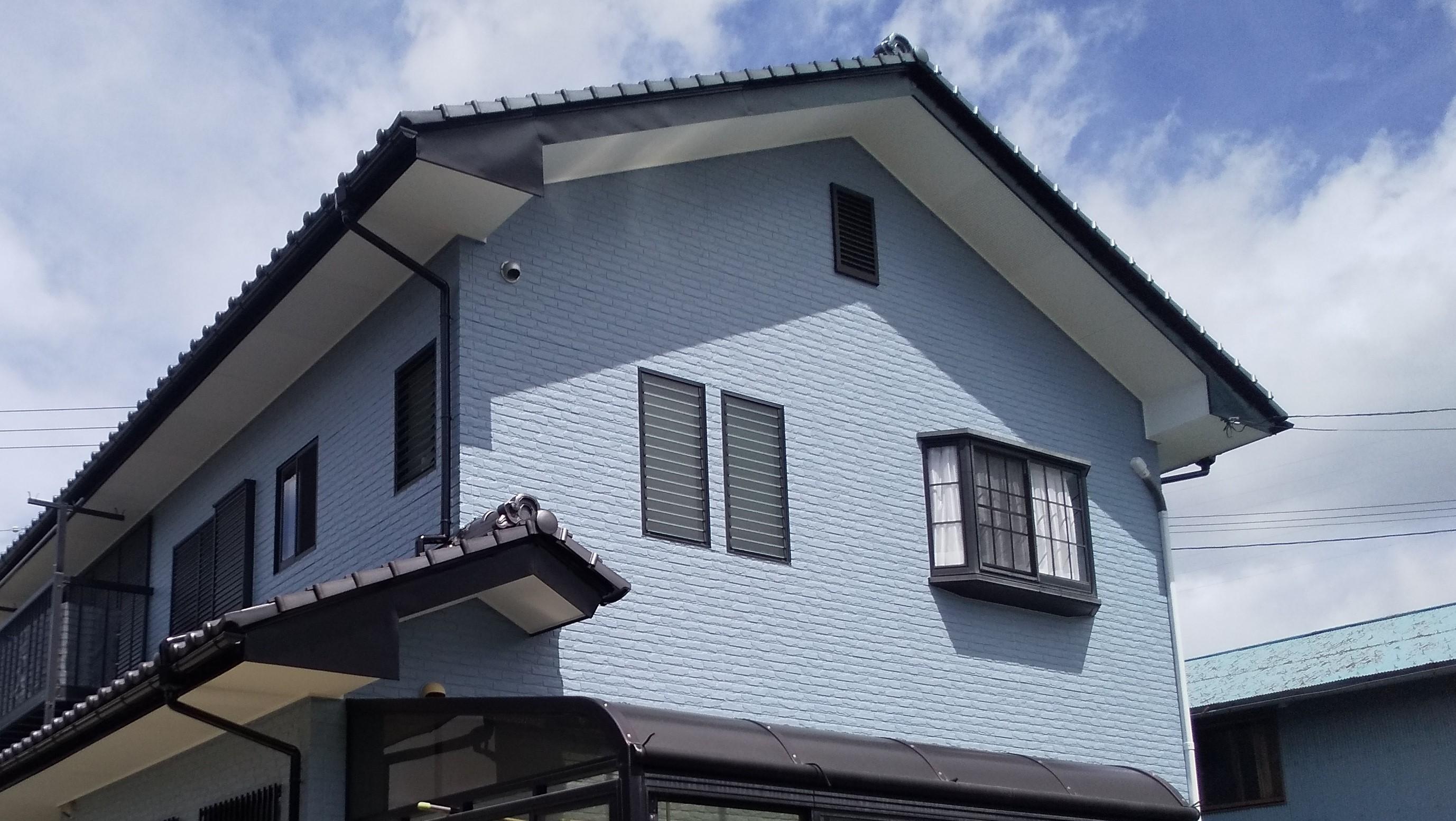 仕上塗り:リファイン1000Si-IR / ブルーグレイ 艶あり