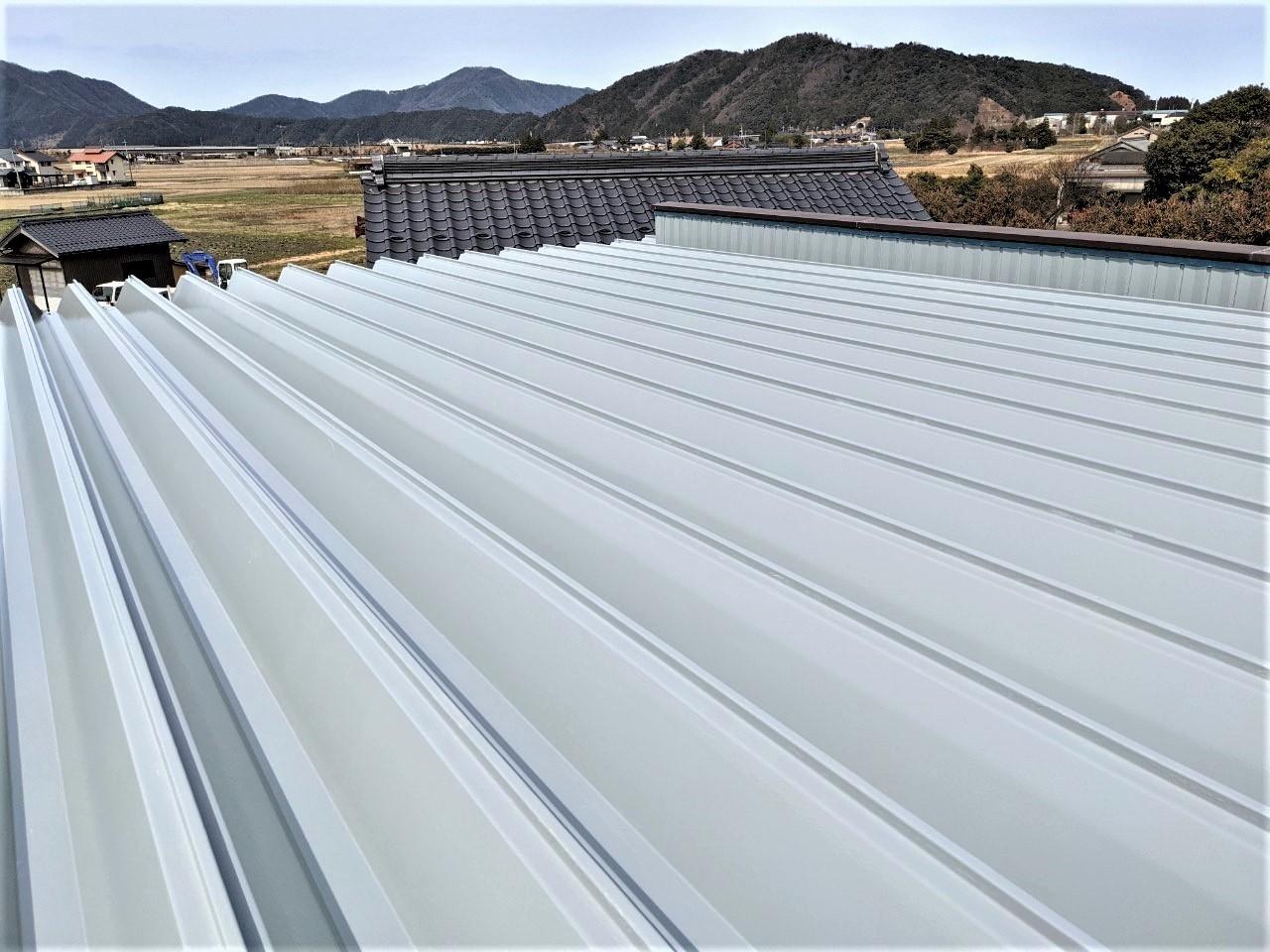 折半屋根 遮熱塗装工事